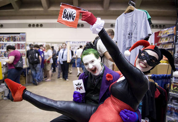 Justin Adams as the Joker and Driana Pearlman as Harley Quinn, at last year's Baltimore Comic-Con.