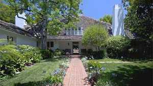 Brad Pitt puts Malibu beach house on the market