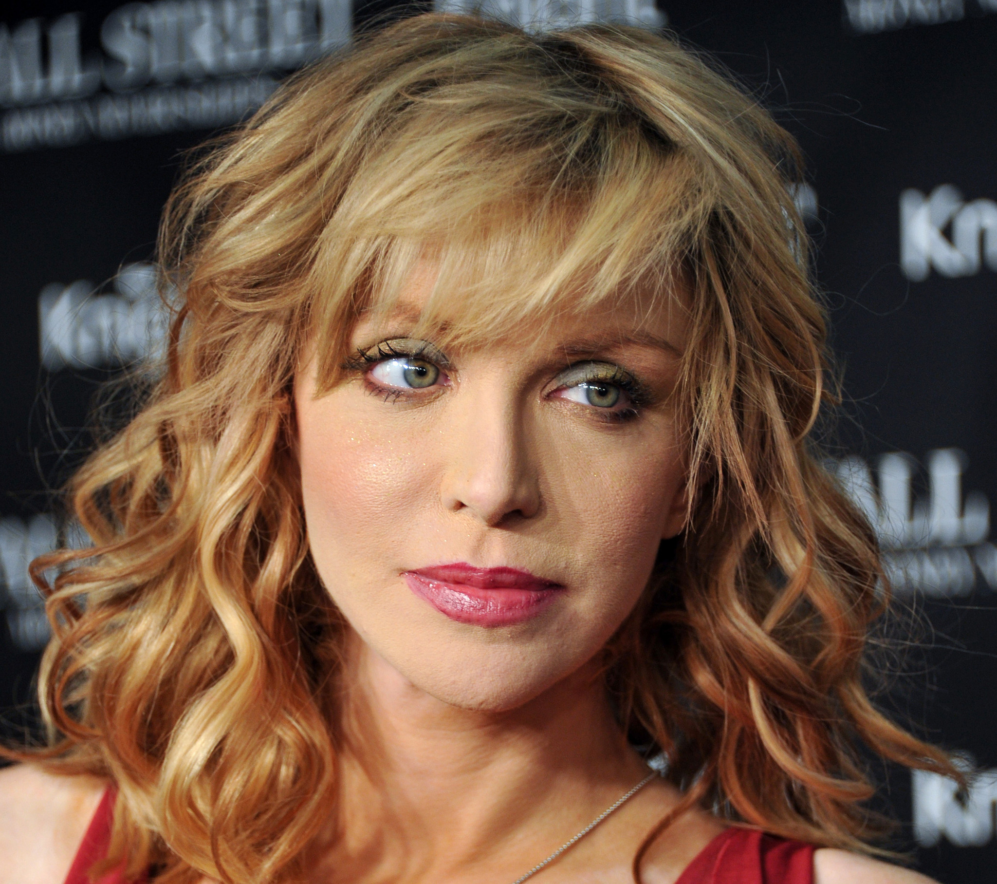 courtney love america's sweetheart