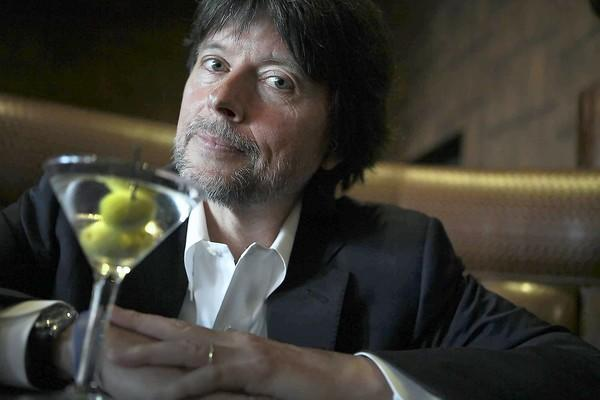 "<a class=""taxInlineTagLink"" id=""PECLB000755"" title=""Ken Burns"" href=""/topic/entertainment/ken-burns-PECLB000755.topic"">Ken Burns</a> at Trader Vic's in the Beverly Hilton Hotel."