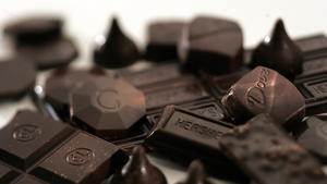 Chemists discover secret to dark chocolate's health benefits