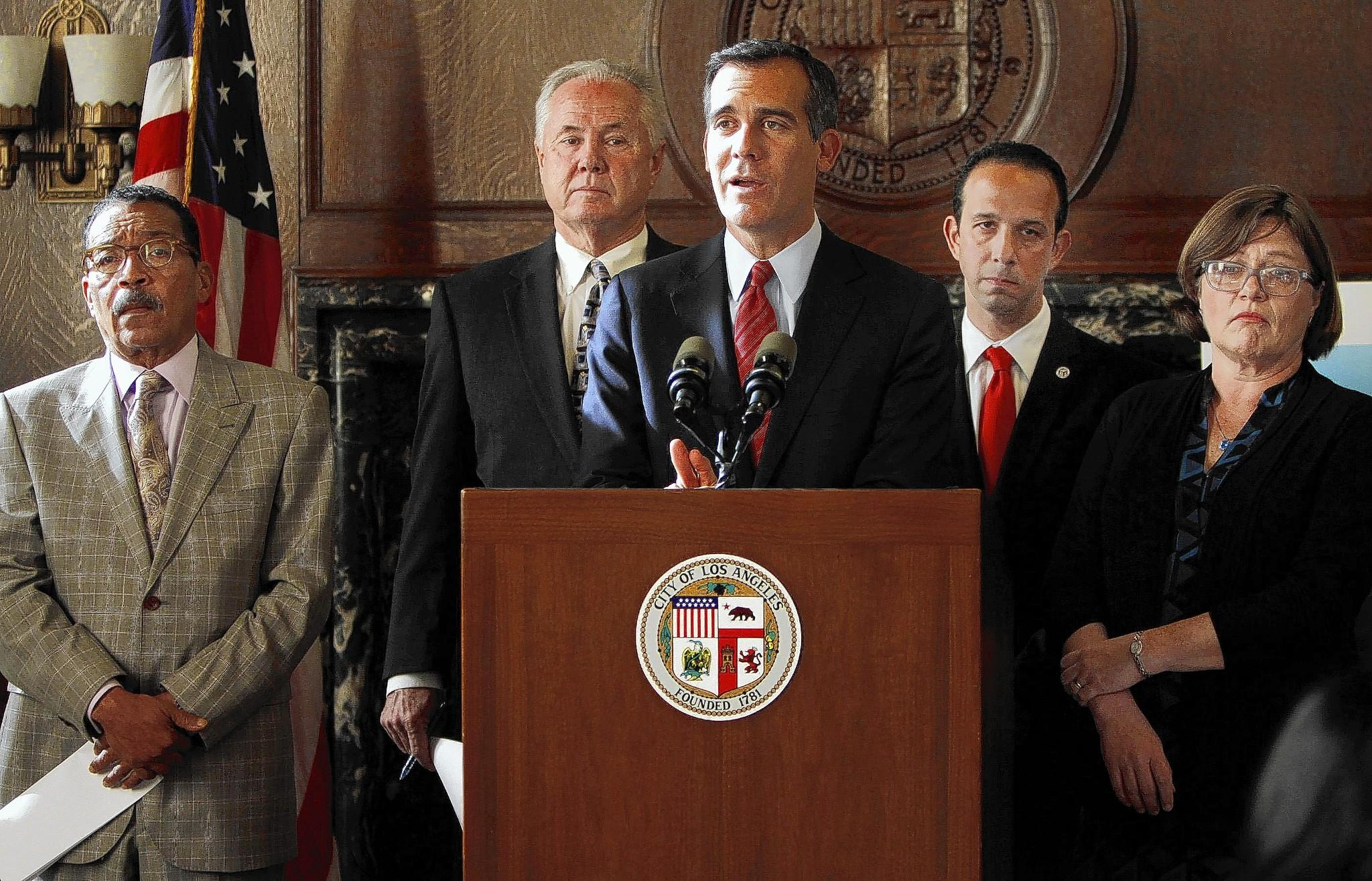 From left, L.A. City Council President Herb Wesson, Councilman Tom LaBonge, Mayor Eric Garcetti and Councilman Mitchell Englander join seismologist Lucy Jones during a news conference to announce a new city quake-preparedness effort.