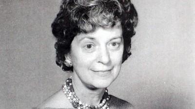 Dr. Ilse Lowenstam