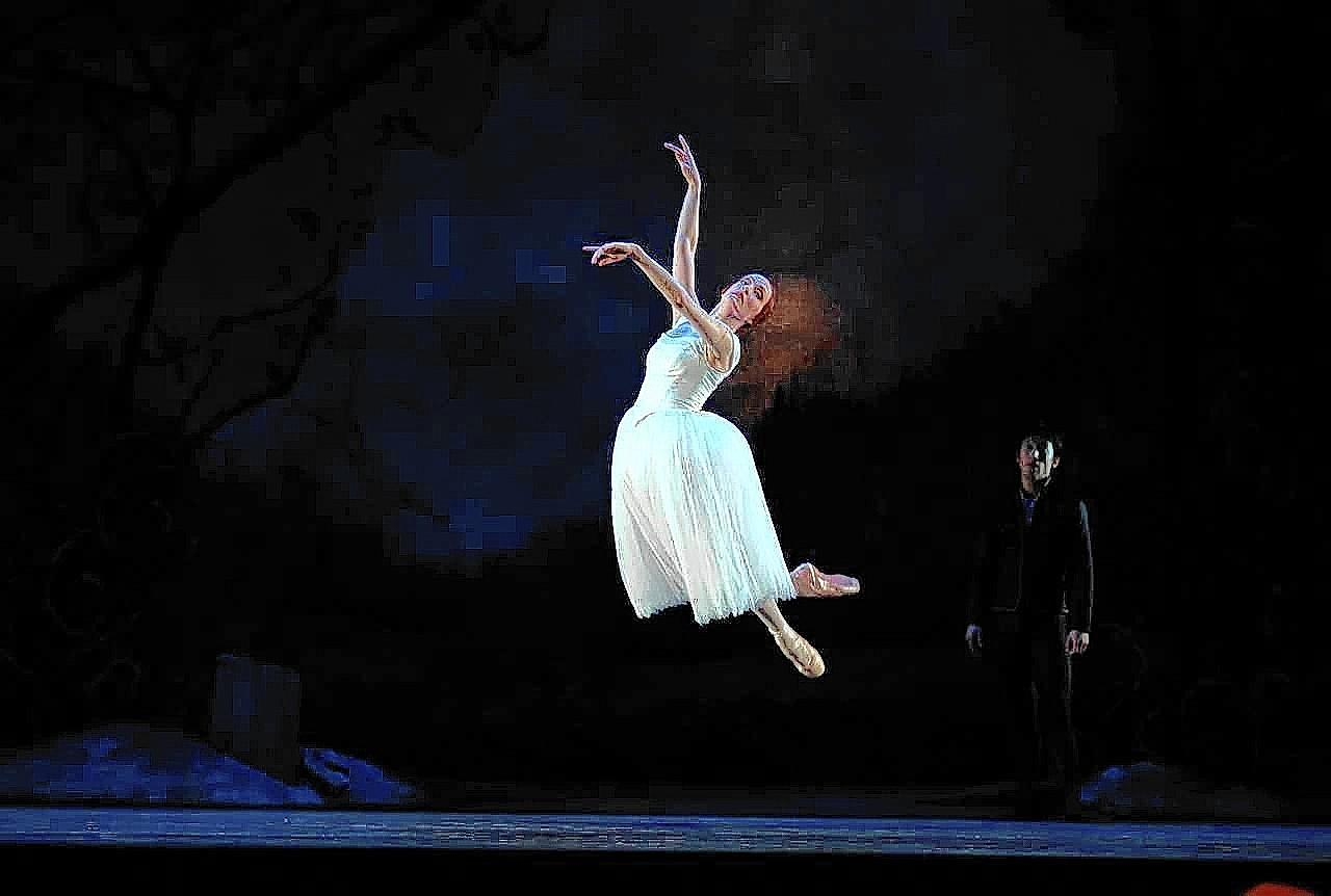 "Gillian Murphy appears as Giselle in Royal New Zealand's 2013 production of the romantic ballet ""Giselle."" Qi Huan, back, portrays Albrecht, Giselle's love interest who betrays her trust."