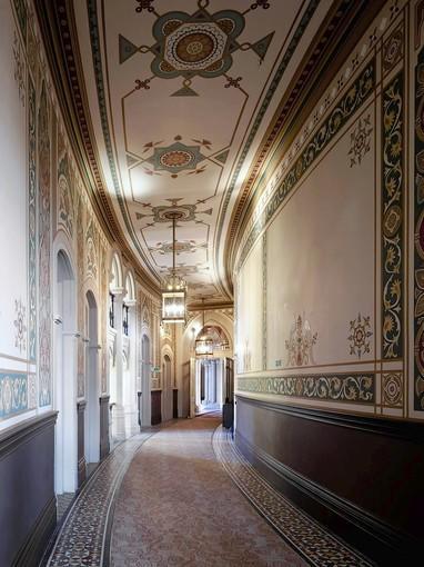 First floor corridor, St Pancras Renaissance Hotel.