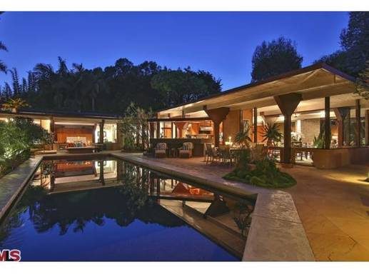 The house Gwyneth Paltrow and Chris Martin bought in Malibu for $14 million was designed by architect John Lautner.