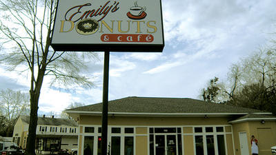 Emily's Donuts finds quick success in Williamsburg