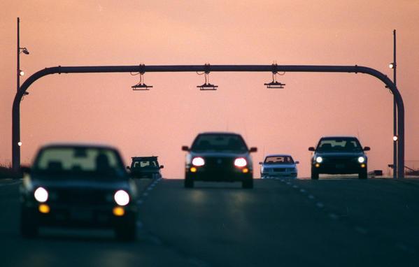 Cashless toll roads