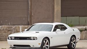 Car review: 2012 Dodge Challenger