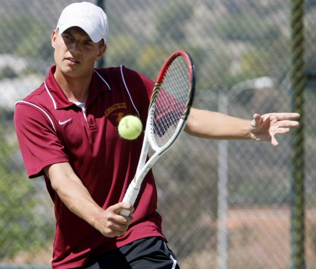 Oleg Simonyan and Glendale Community College men's tennis lost a nonconference match Thursday.