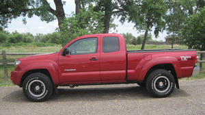 Car review: 2011 Toyota Tacoma