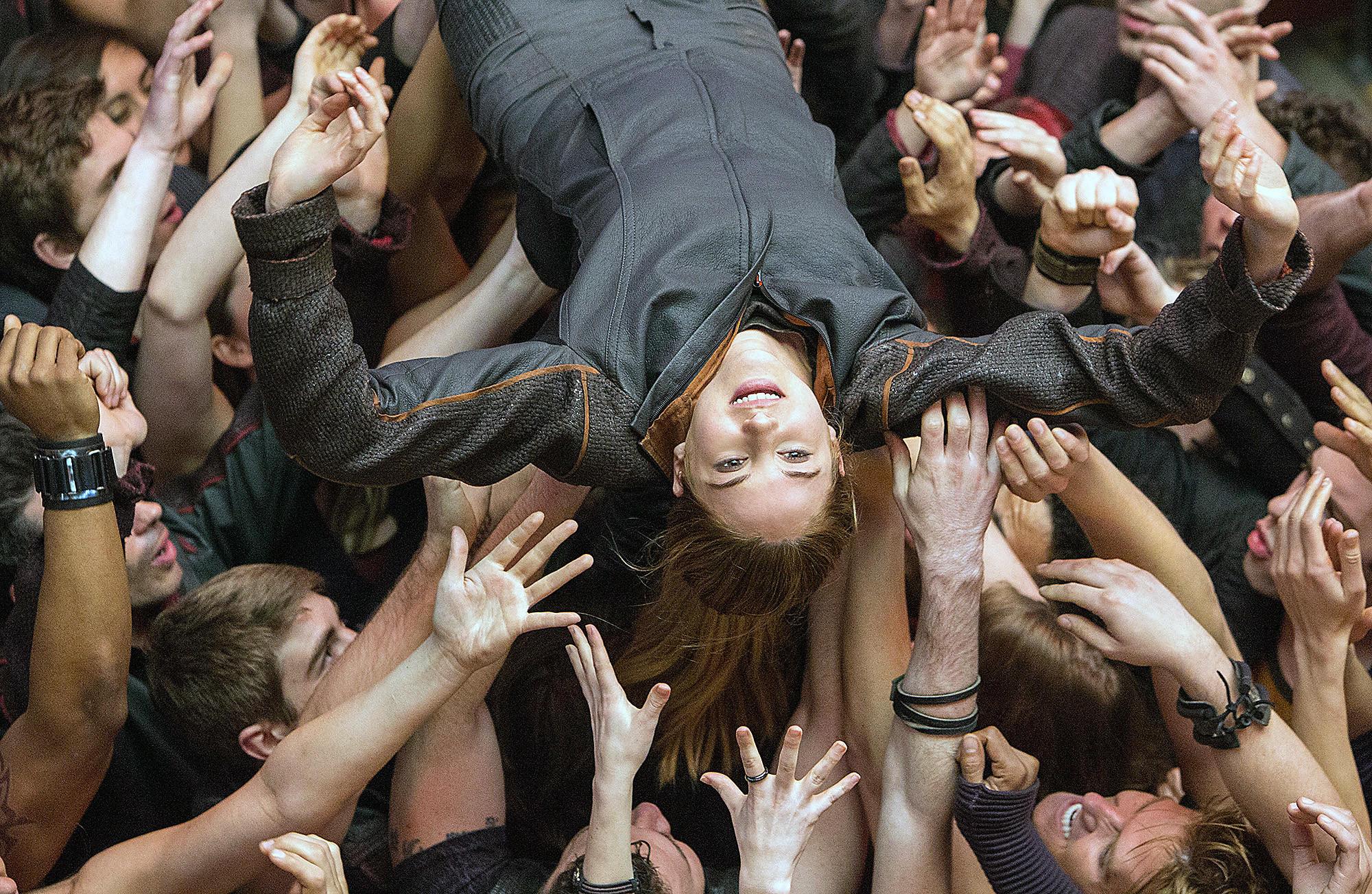 Shailene Woodley stars in Divergent.