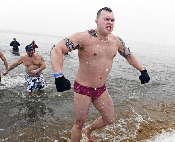"""<b>be philanthropic</b>  <b>Polar Bear Plunge</b>  So far, the 16th annual plunge has raised more than $550,000 for <a class=""""taxInlineTagLink"""" id=""""EVSPR00007134"""" title=""""Special Olympics"""" href=""""/topic/sports/special-olympics-EVSPR00007134.topic"""">Special Olympics</a> Maryland, and you can add to that. You just have to be willing to enter the chilly waters of the Chesapeake at Sandy Point State Park on Jan. 28. But thousands of others will be there to shore up your courage. If you're really tough, you can set up to Super Plunge level and take the dip 24 times in 24 hours. <i>plungemd.com</i>"""