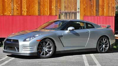 2013 Nissan GT-R: World's cheapest supercar - Chicago Tribune