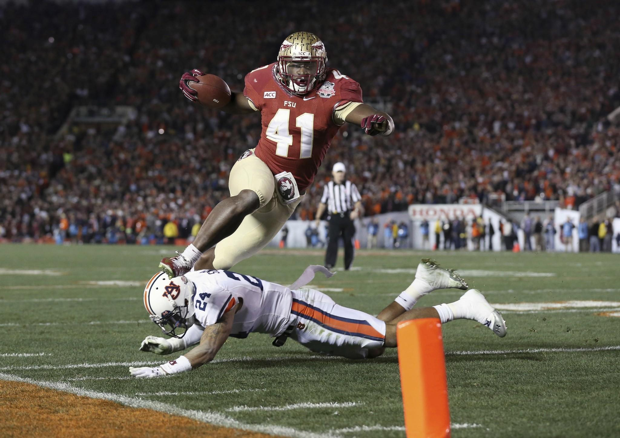 Florida State fullback Chad Abram scores a touchdown during the BCS National Championship game at the Rose Bowl.