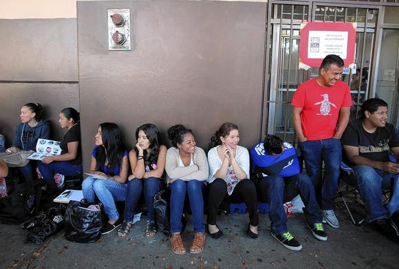 Dream Act applicants in Los Angeles