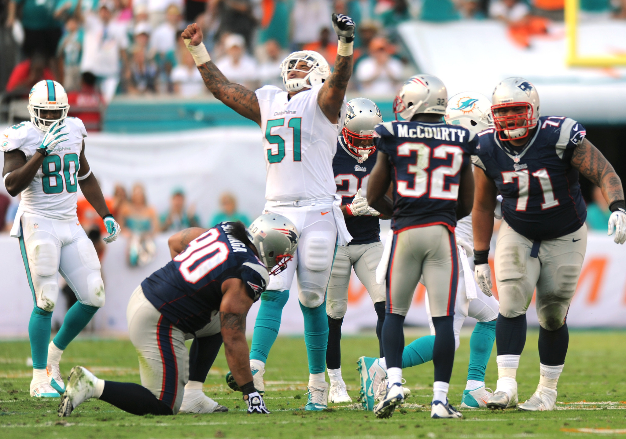 Dolphins support Mike Pouncey but haven t decided on his future