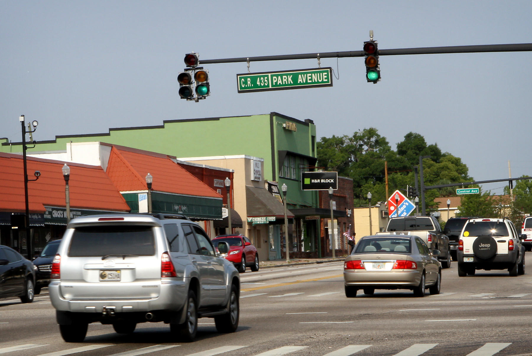 Red light camera at the intersection of Main Street and Park Ave in Apopka in May 2011.