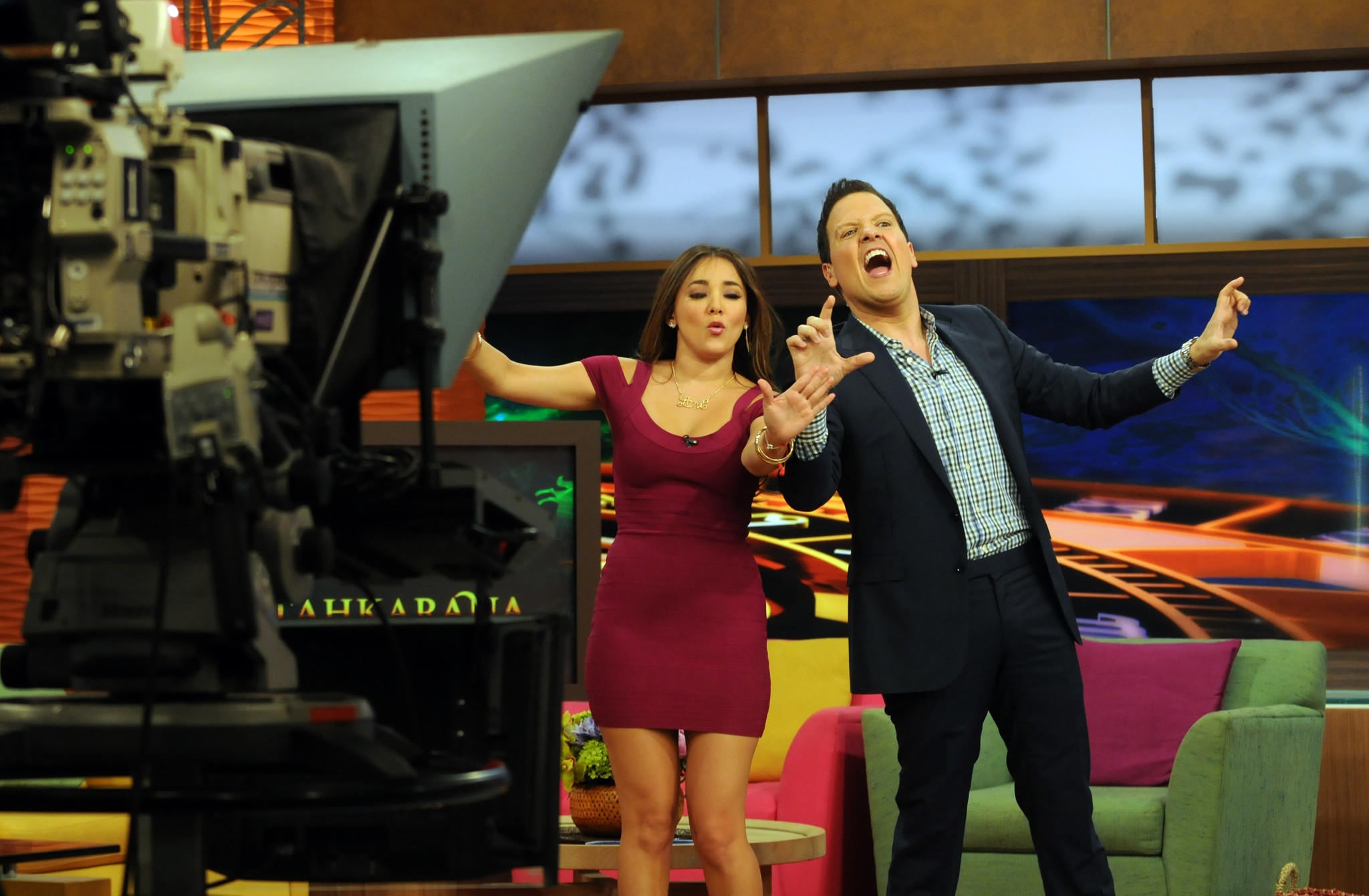"Companies spent $140 billion advertising in the U.S. in 2013. Cable television and Spanish-language television showed strength. Above, Spanish-language morning show co-host Raul Gonzalez (right) with guest co-host and actress Sherlyn Gonzalez on Univision's ""Despierta America"" program last year."