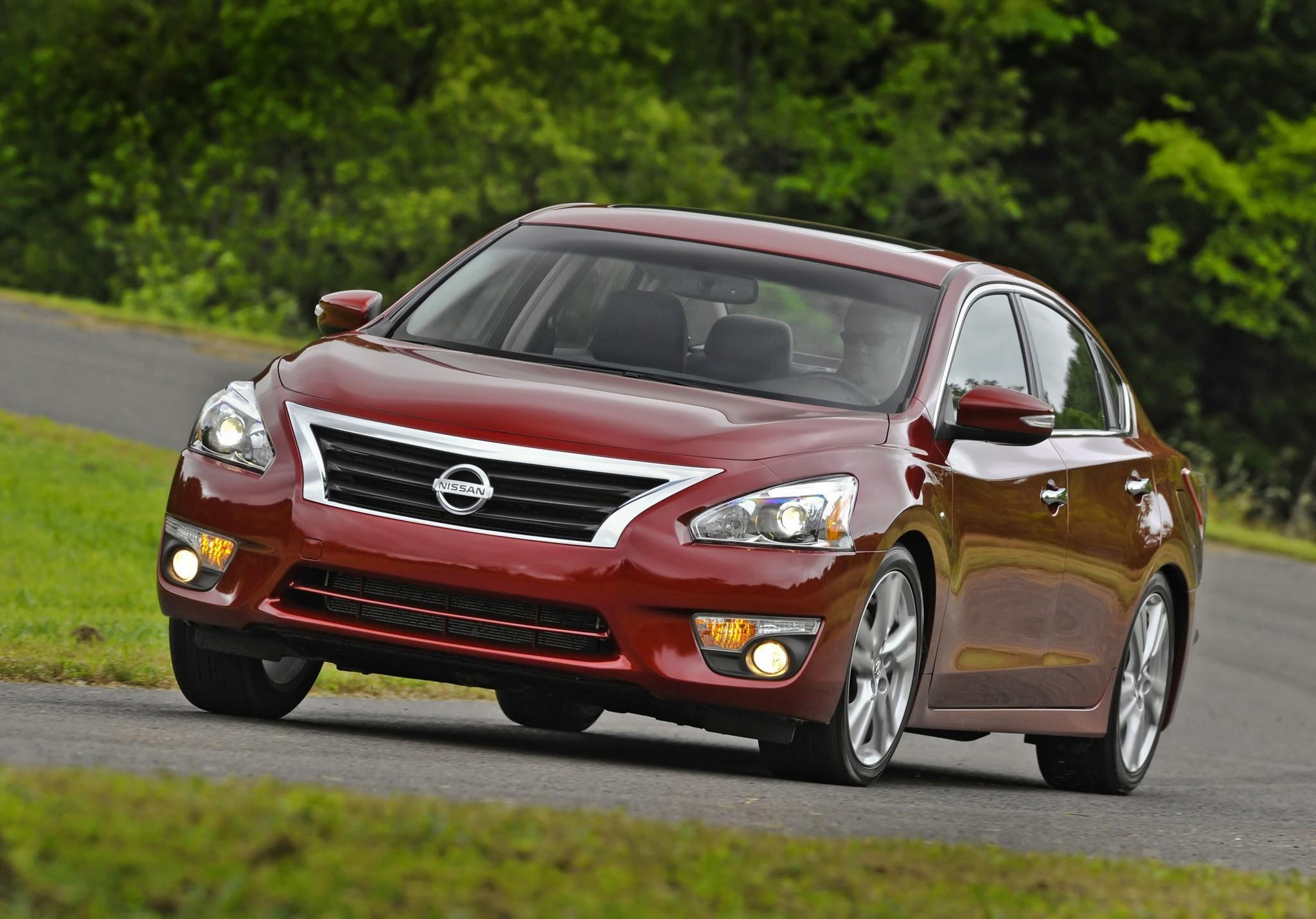 Nissan recalls 1 million cars to fix air bags that may not trigger ...