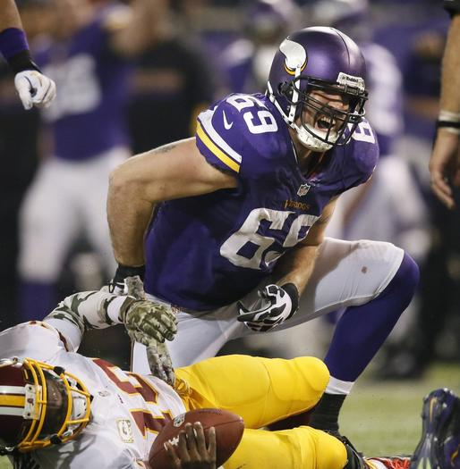 Jared Allen joins Bears