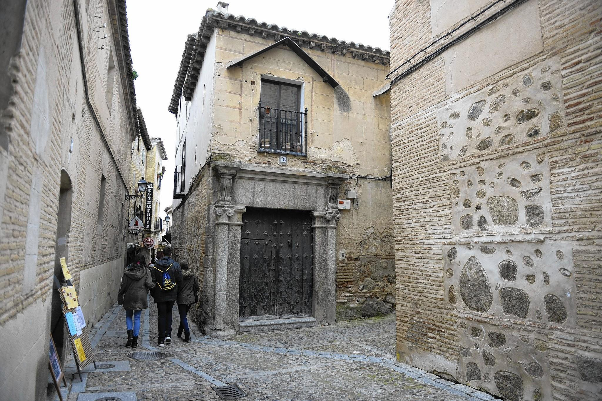 The walled city of Toledo was one of the great centers of Jewish culture on the Iberian Peninsula. More than half a millennium later, the Jews who flock to its two medieval synagogues are tourists, not worshipers.