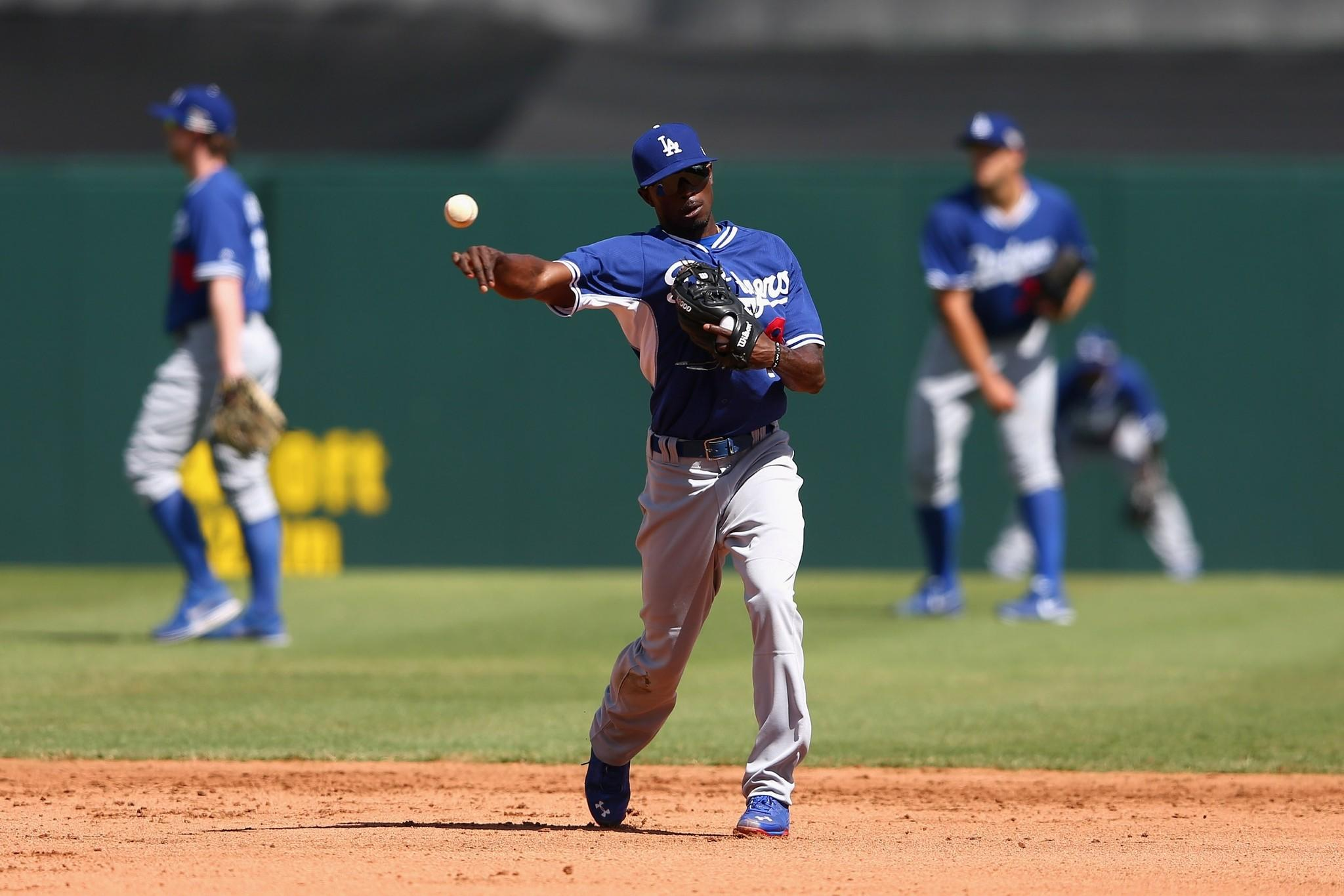 Dee Gordon is set to start the Dodgers' regular season platooning at second base with Justin Turner.