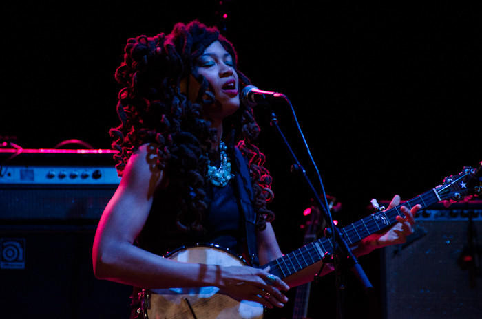 Singer and songwriter Valerie June performs at the Wiltern in Los Angeles.