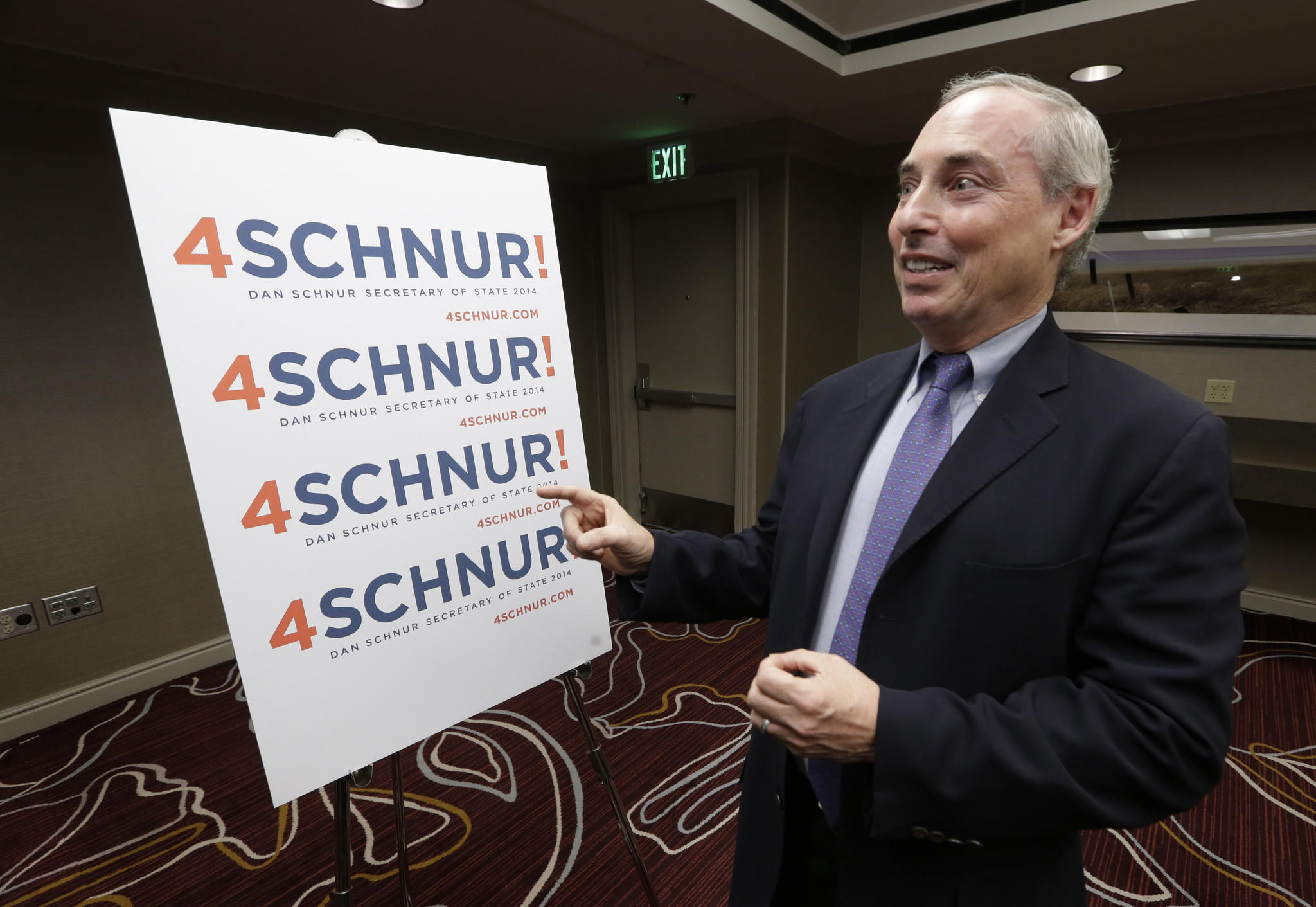 Dan Schnur announces his candidacy for California secretary of state during a news conference in Sacramento.