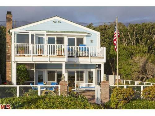 Dolly Read Martin has listed the home she and her late husband, Dick, shared in Malibu at $11.5 million.
