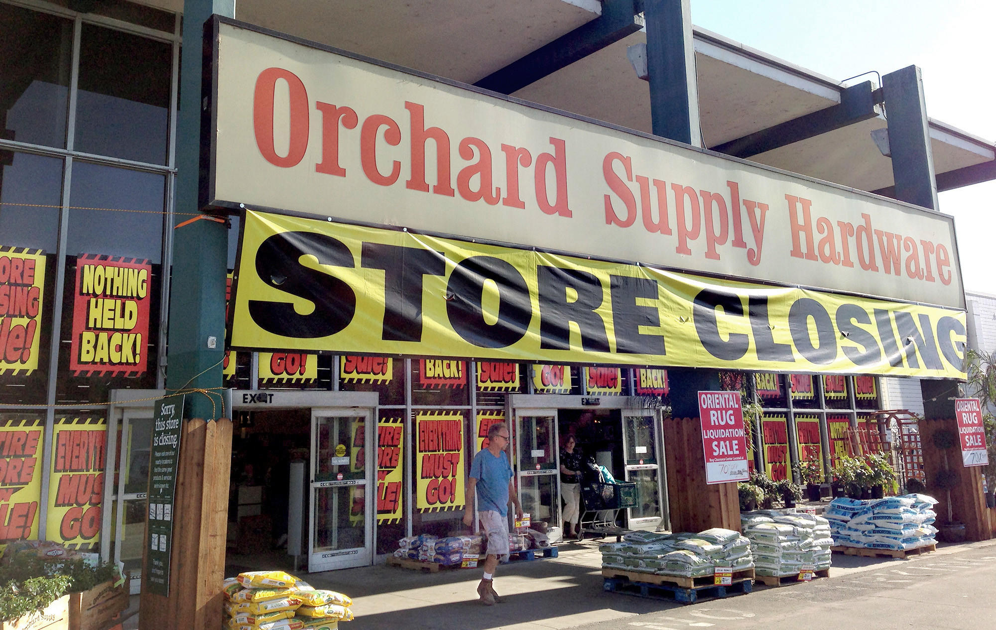The Hobby Lobby, a retail store, will move in to the former Orchard Supply Hardware store on Victory Boulevard this summer