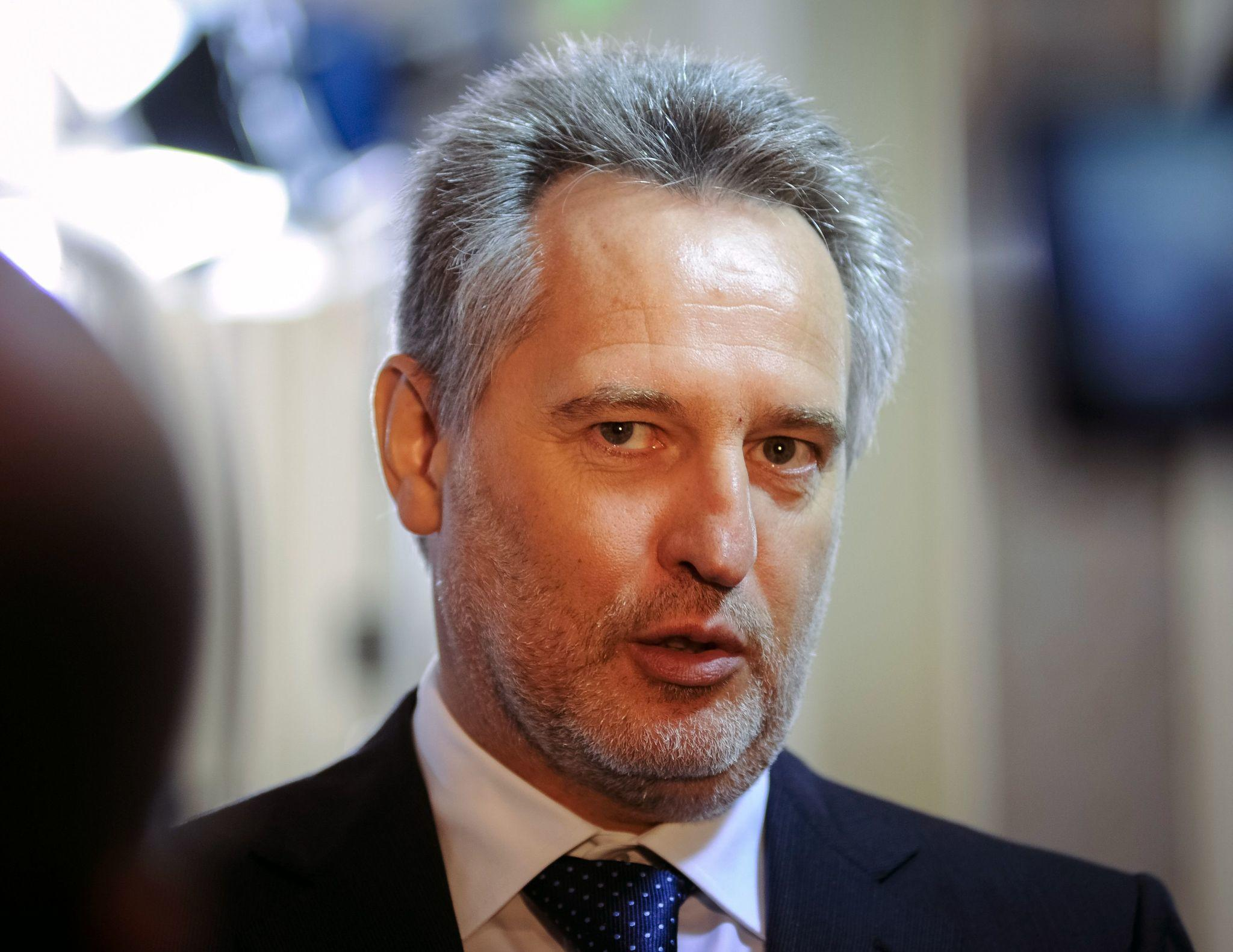 Billionaire Ukrainian industrialist Dmytro Firtash and five other foreign nationals have been indicted by federal prosecutors in Chicago.