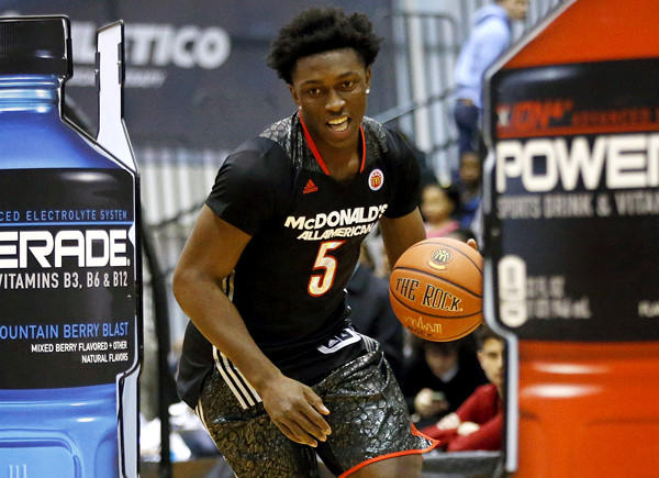 Mater Dei senior Stanley Johnson competes in the skills contest during the McDonald's All-American Jam Fest at the University of Chicago on Monday.