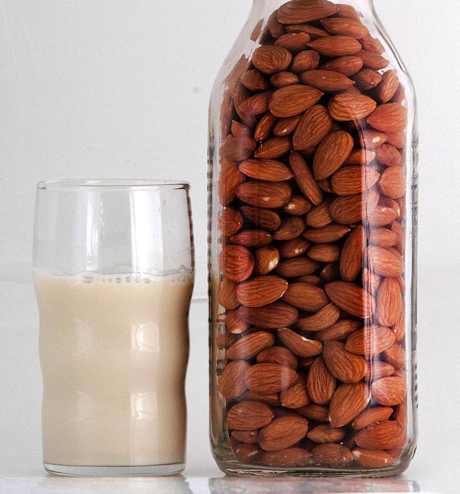 Basic nut milk and cream