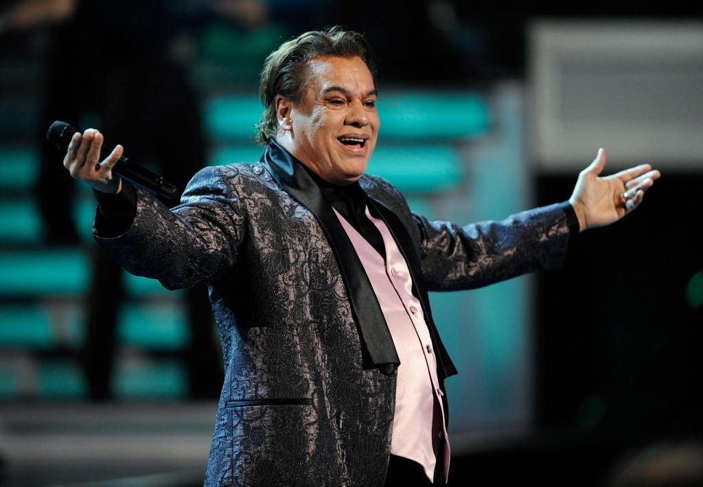 Singer Juan Gabriel performs during the Latin Grammy Awards in 2009.