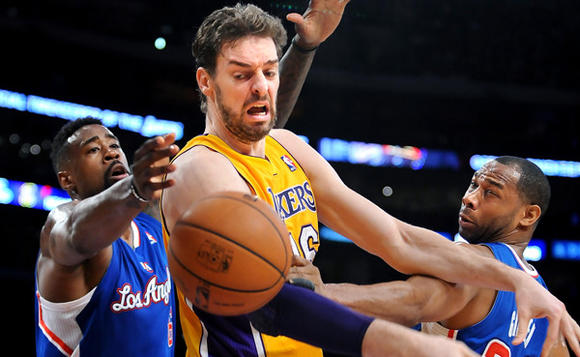 Pau Gasol, DeAndre Jordan, Willie Green