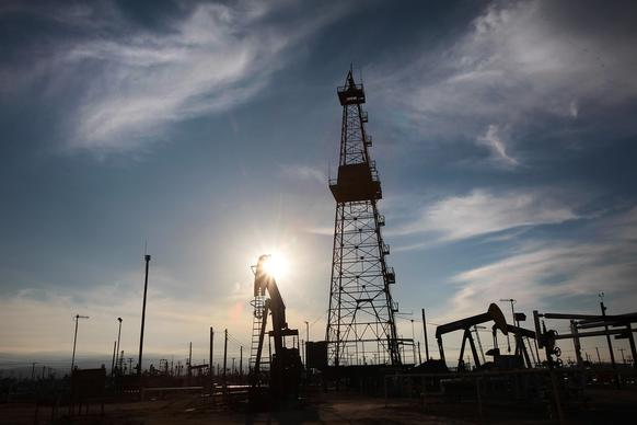 Though there could be 15 billion barrels of oil trapped in the Monterey Shale in Kern County, getting to them through California's complicated, earthquake-altered geology could be a prohibitively expensive undertaking.