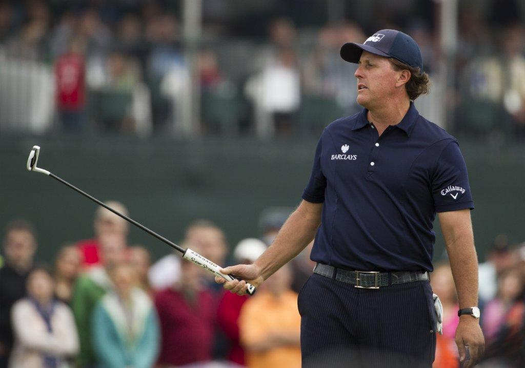 It looks like Phil Mickelson is feeling healthy enough to play in the Masters after all.