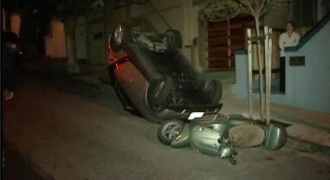 Vandals Flip Over Smart Cars In San Francisco La Times