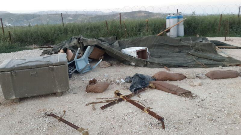 An Israeli military post set up to protect the West Bank settlement of Yitzhar was ransacked after security personnel were sent to demolish several homes that were declared illegal by Israeli authorities.