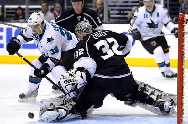 Center Logan Couture (39) and the Sharks will renew their playoff rivalry for the third time in four years against goalie Jonathan Quick (32) and the Kings next week in the first round of the Stanley Cup playoffs.