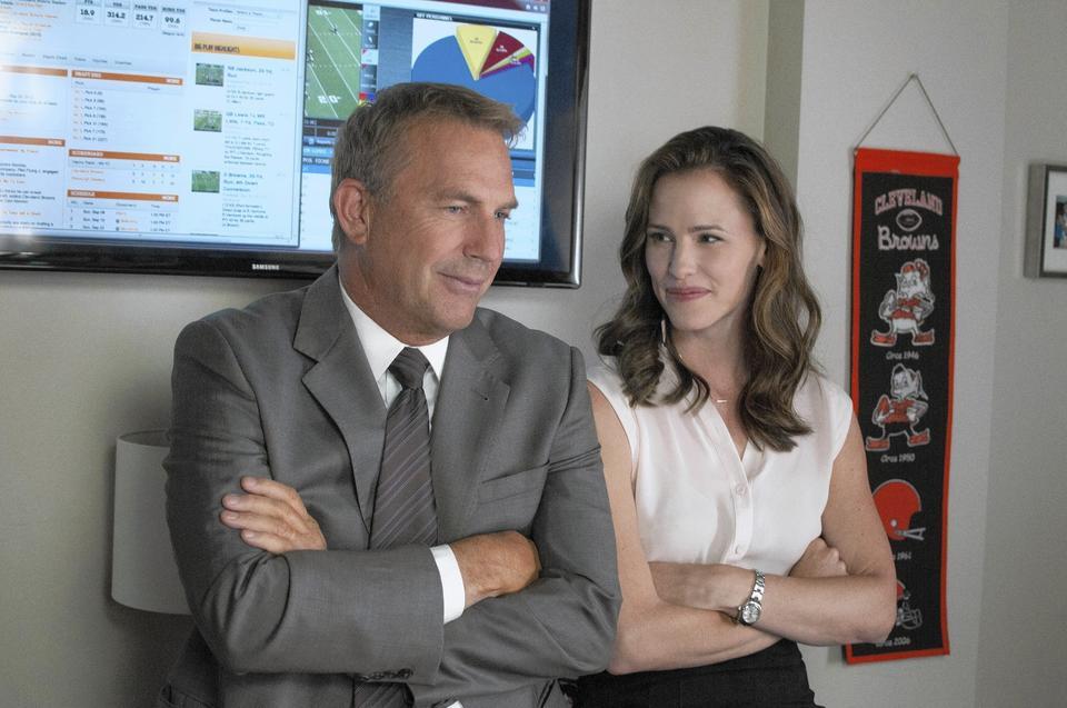 """Kevin Costner and Jennifer Garner in """"Draft Day."""""""