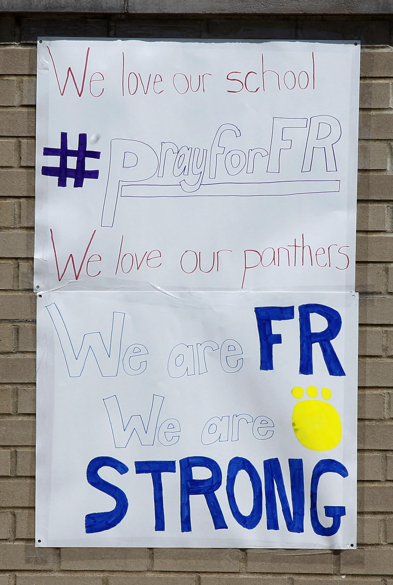 teens turned to twitter over facebook after high school stabbing a student made sign shows school spirit at franklin regional high school the day after