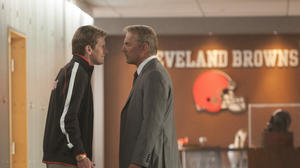 Review: Kevin Costner inhabits his own league in 'Draft Day'