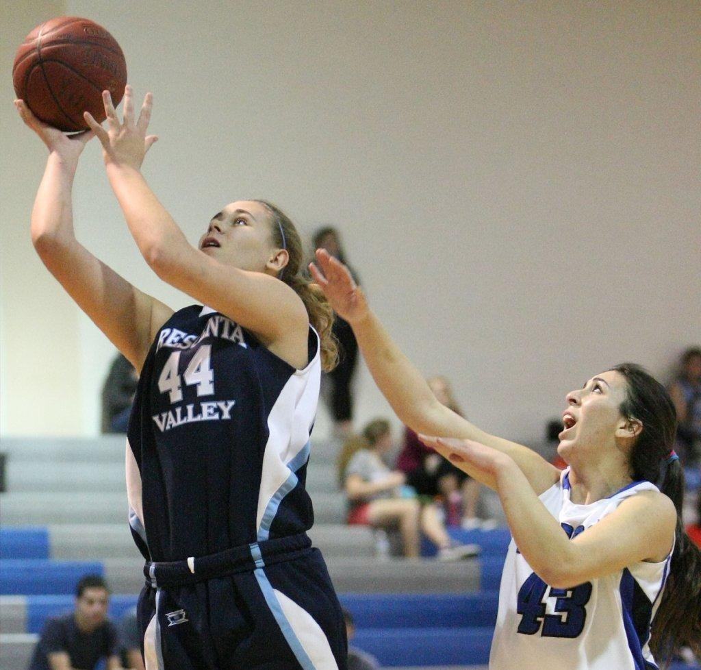 Crescenta Valley High's Alisa Shinn was tabbed as an All-Area Girls' Basketball second-team selection (Roger Wilson/File Photo)