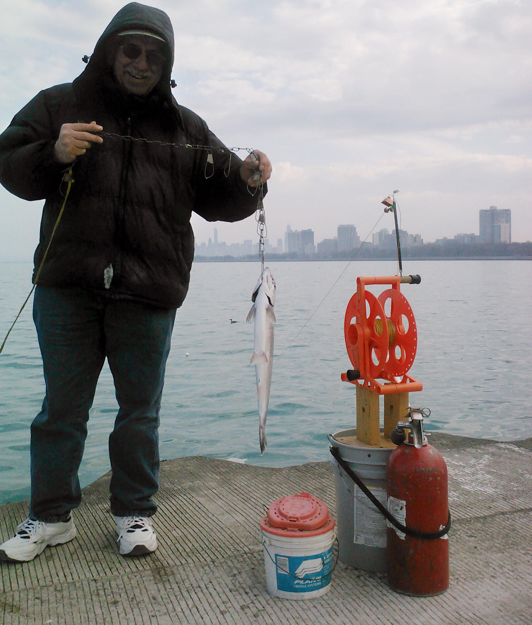 powerline fishing in montrose harbor tribunedigital