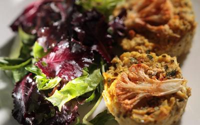 Petite green salad