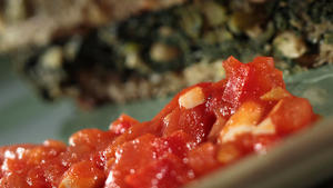 Tomato-red pepper sauce