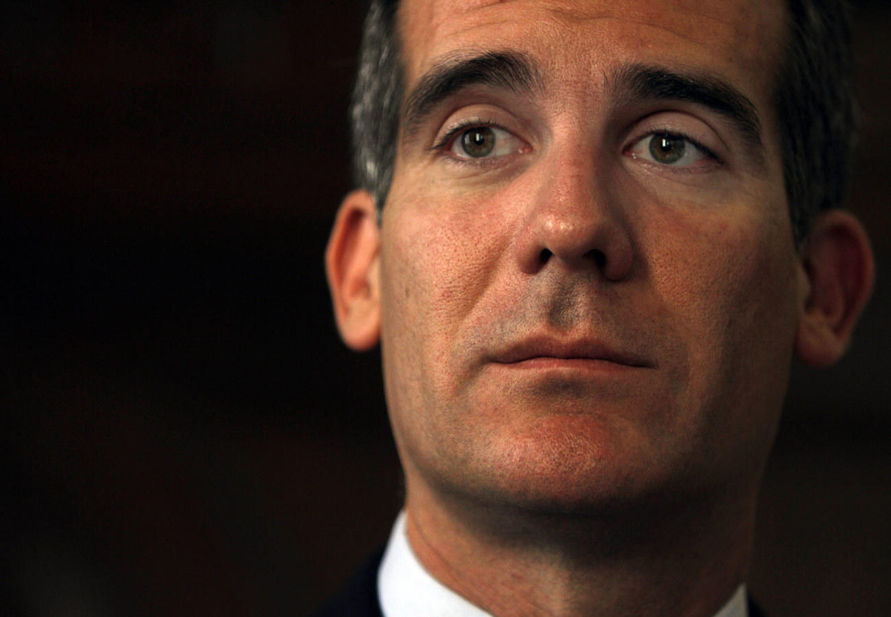 Los Angeles Mayor Eric Garcetti announced what would be the nation's first seismic safety grading system for buildings.