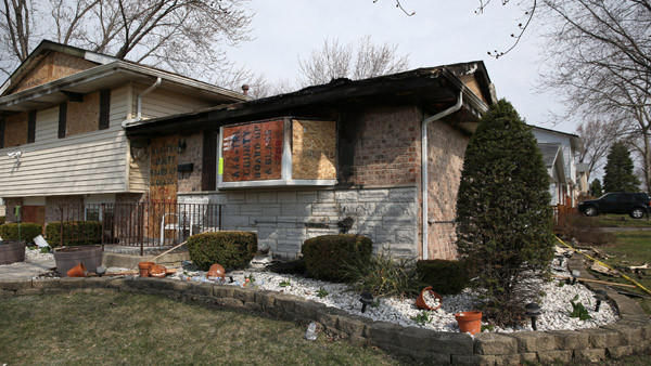 A 76-year-old woman die after a fire in her house in the 17,300 block of South Oketo in Tinley Park, Saturday April 12, 2014. (Abel Uribe/ Chicago Tribune) B583663417Z.1 ....OUTSIDE TRIBUNE CO.- NO MAGS, NO SALES, NO INTERNET, NO TV, CHICAGO OUT, NO DIGITAL MANIPULATION...